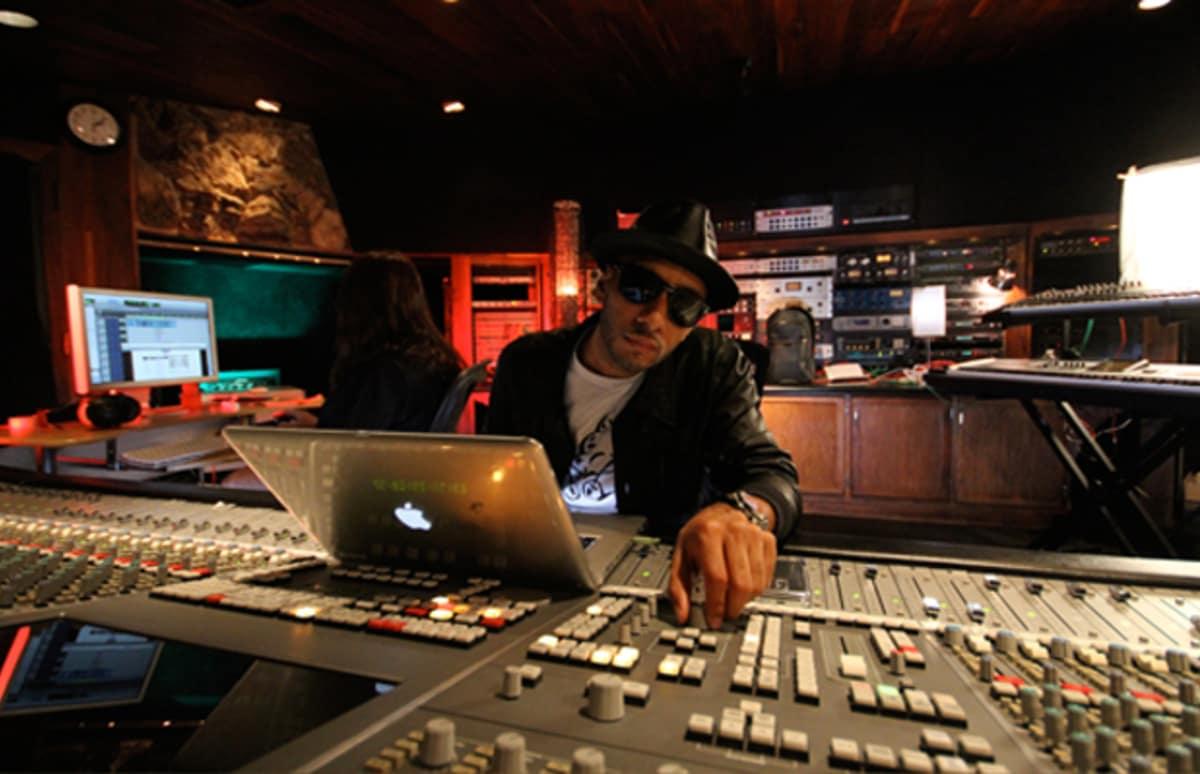 "Doxygen Media – Swizz Beatz's Sophomore Album ""Poison"" Could Cure"
